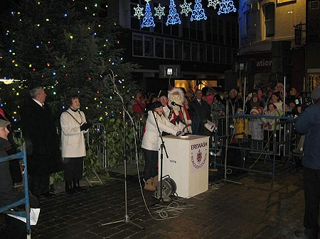 Lauren Fletcher switching on Long Eaton Christmas Lights 2010